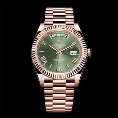 秀外慧中的劳力士星期日历型60周年纪念款绿盘腕表,教人怎么不爱?