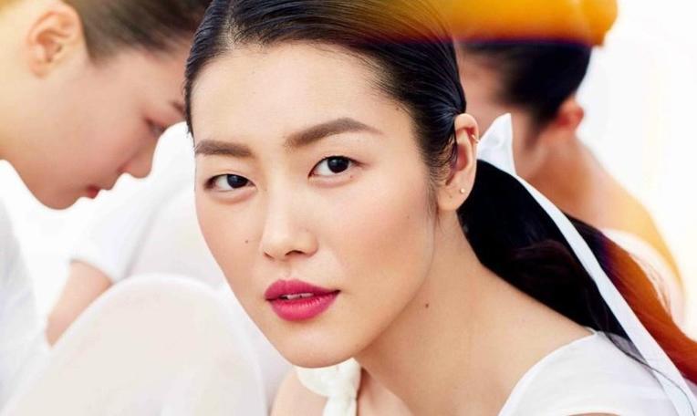 四年豪挣1.5亿,刘雯的世界超模之路