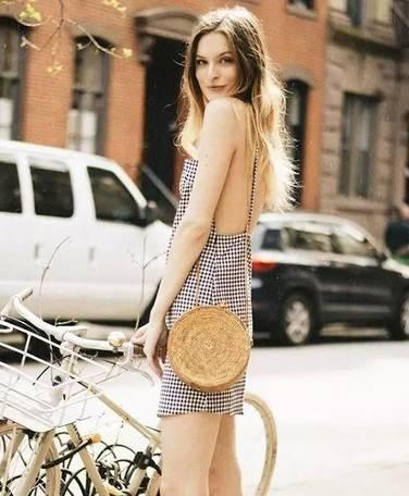 夏天怎么能少的了这些时髦的包包!