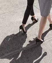 實用貼 | 誤解了多年的高跟鞋,走上街頭發現這5款才是真正的親民款!