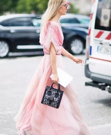 夏天每个姑娘都应该有款仙女裙!