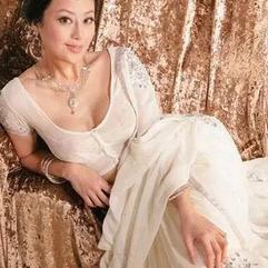 """她是亦舒""""最欣赏的女人"""",曾买到让两个富豪破产,离婚后选择靠自己"""
